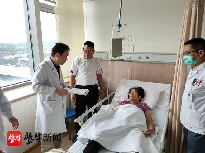扬子晚报(紫牛新闻):苏州一阿姨突发晕厥 季节交替谨防高血压引发脑出血